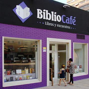 Fachada principal de Bibliocafé Valencia