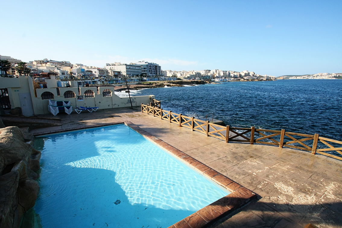 piscina de lujo
