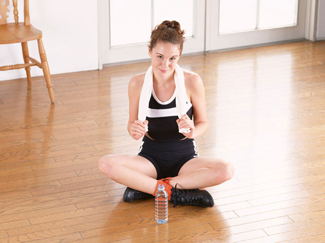 chica practicando deporte después de dejar de fumar